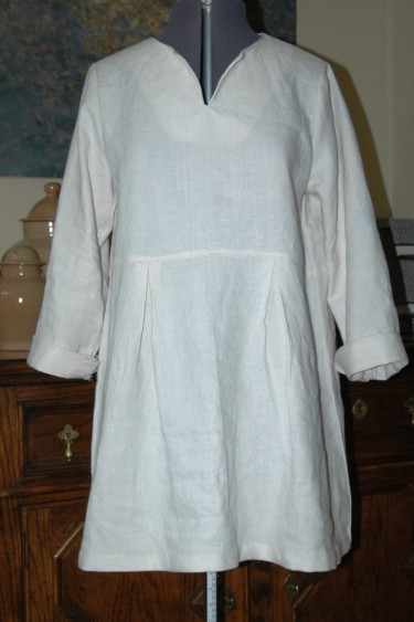 The pattern was altered to tunic length.